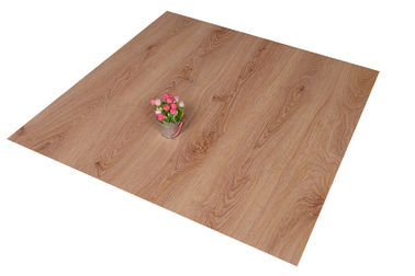 ประเทศจีน Click Lock PVC Floor Tiles Living Room Wooden Floor Effect Tiles Anti - Flaming โรงงาน