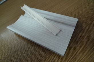 ประเทศจีน Prefab Houses Kitchen PVC Skirting Board For Walls Maintenance Free โรงงาน