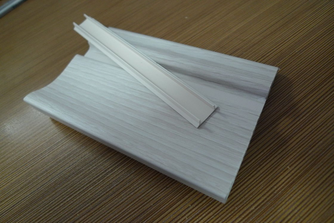 Prefab Houses Kitchen PVC Skirting Board For Walls Maintenance Free ผู้ผลิต