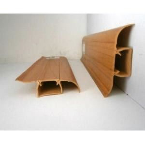 Waterproof Plastic Skirting Board Wooden Color Crack - Resistant 18mm Thickness ผู้ผลิต
