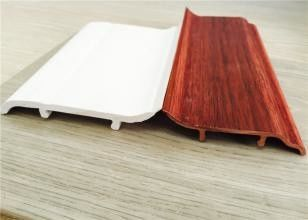 Decorative White PVC Skirting Board 10CM Height Hot Stamping Finish ผู้ผลิต