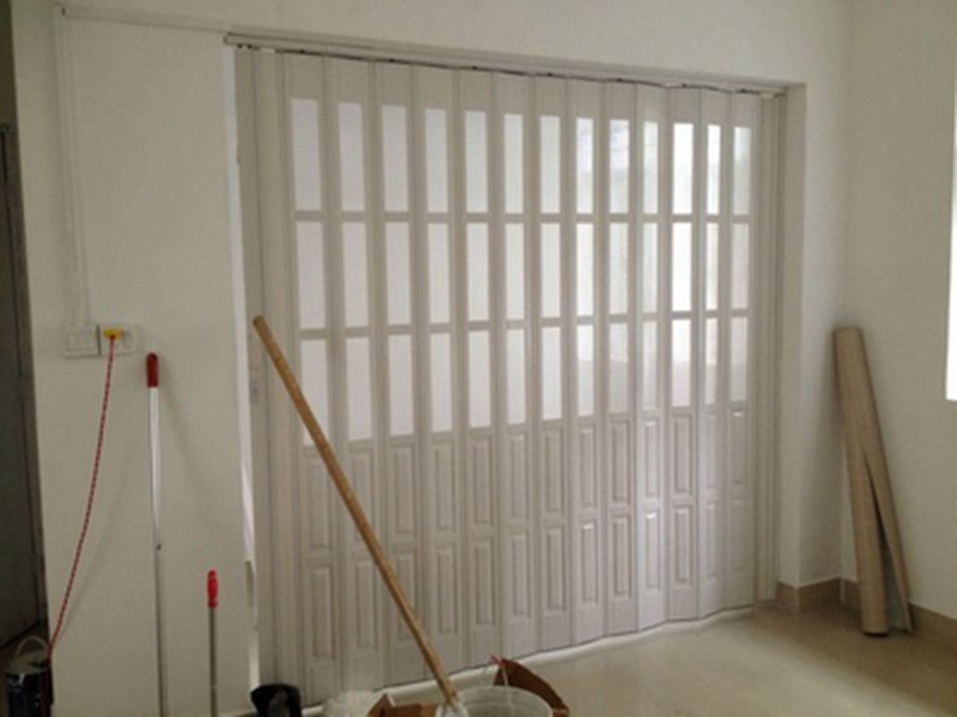 Custom Accordion Folding Doors Interior With Hard - Joint Connection ผู้ผลิต